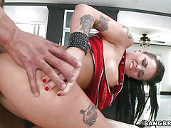 Young tatttoed punk girl christy gets boned hard!