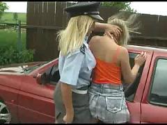 Lesbian cop sucks driver ( amateur teen 18 )