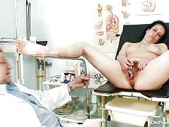 Helena getting her pussy checked