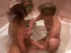 Alana banged in the bathtub