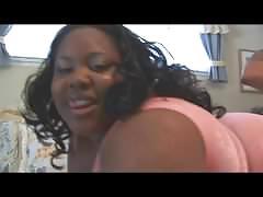 Meaty mamas - scene 2