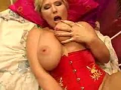 Hot mature gets fucked
