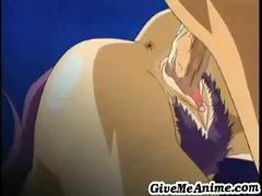 Hot babe gets an orgasm