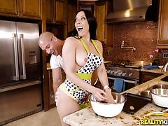 Cute rachel starr kitchen fuck with hung sean