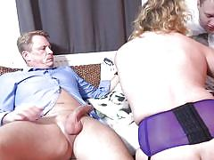threesome, handjob, mature, saggy tits, cougar, kissing, cock sucking, pussy rubbing, on knees, bbw, mmf, boobs groped, mature nl, francesca kitten