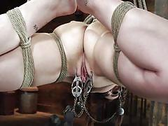 Joseline kelly gets her pussy tortured