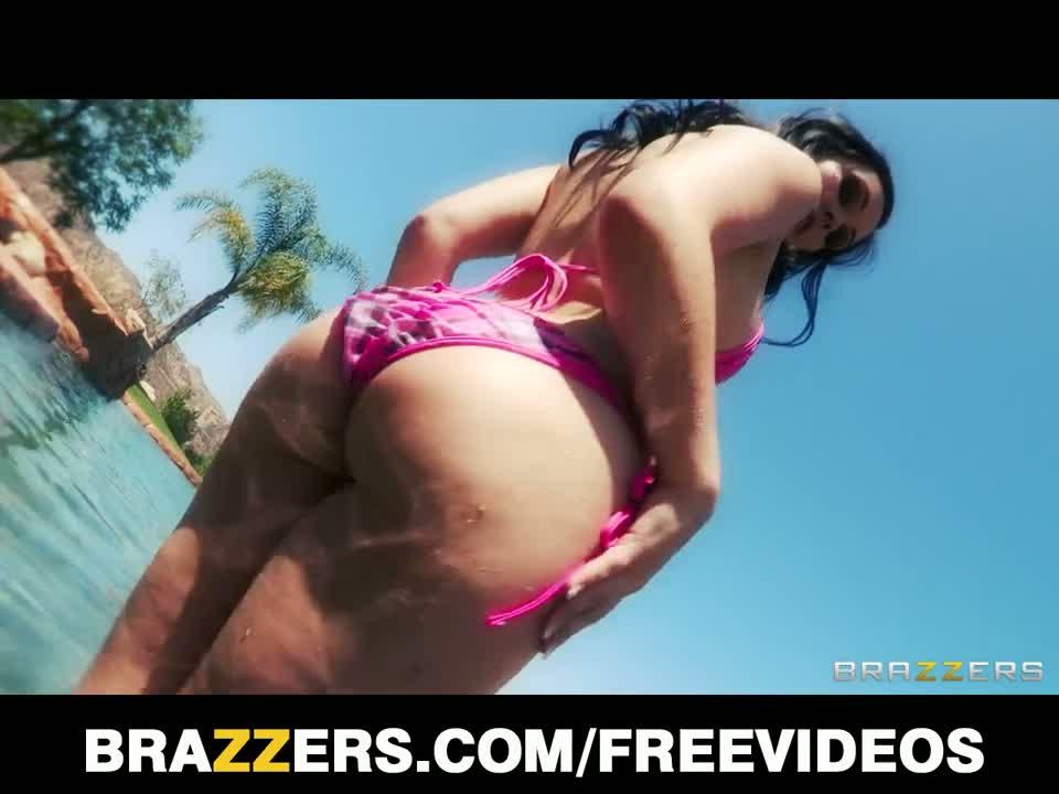 Brazzers - big-tit & ass brunette angell summers oils up