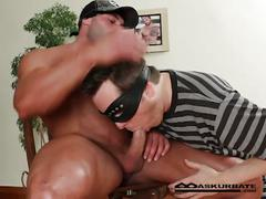 Super hard bodied muscled stripper max giving horny stud hot show