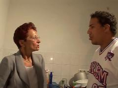 German aunt & nephew - tante fickt neffen