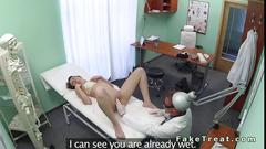 Doctor creampies the babe on the table