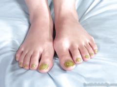 Nadia ali has her pakistani feet covered in cum