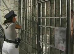 Prison strapon