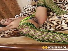 Sex games and green fishnets