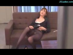 Office lady in pantyhose fingered and licked in the office