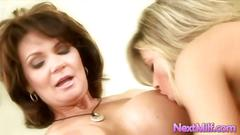 Super hot lesbians gets to fuck the wet pussy