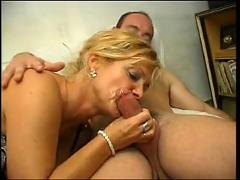 Mature bea dumas anal