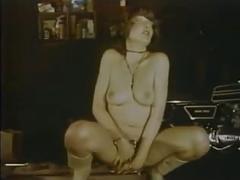 Biker slavegirls - 1980