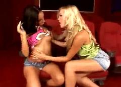Hot blonde babe dildo fucking with a lesbo