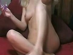 This babe is playing with a double dildo. she can't wait too much