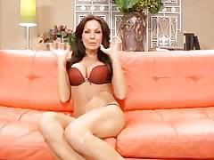 Live brunette masturbate chat kirsten price