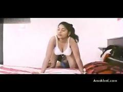 Classic indian hot nirosha mallu aunty nude clips