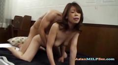 Milf sucking guy getting her pussy fucked by young...