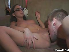 Inna blowing a horny guy