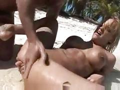 Anal creampie on the beach
