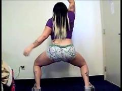 Platinum bootys