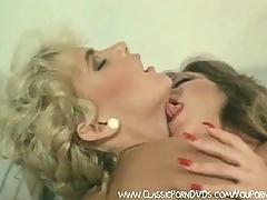 Hairy pussy sucker lesbo