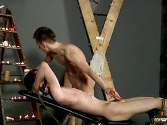 Kinky bondage twinks flip flop sucking
