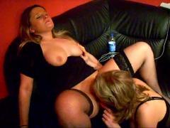 Two german amateur lesbians