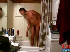 Tristan hollister jerking in shower for webcam.