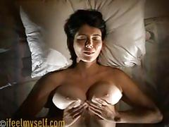 Ahh32 sexy orgazm ve guzel memeli kiz