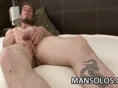 Tattooed horny dude masturbates on cam