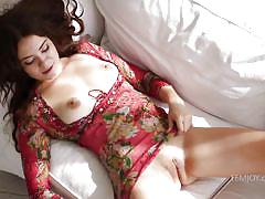 Renata undresses for fun
