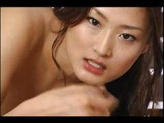 Pretty japanese chick on blowjob