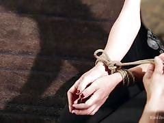 Kink university shows proper bondage techniques