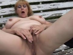 Lady shows all 35