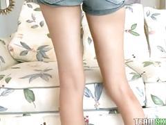 Blonde cutie cassy lynn gets her meaty pussy rammed