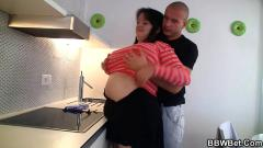 Cooking bbw gets naked and fucked