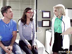 Girl watches her boyfriend fuck the doctor