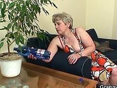 mature, mature granny, granny grandma, mom mother, old, oldandyoung