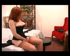 Fire hot sexy redhead in full fashion stockings