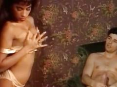 Julia chanel - corpi venduti scene 1