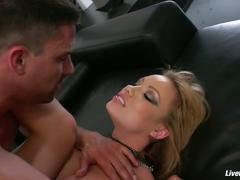 Livegonzo maya hills pussy and ass