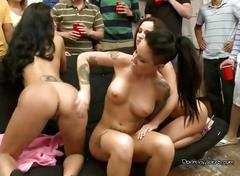 Pornstars sucking and fucking in a lesbo group