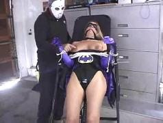 Batgirl captured screwed