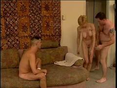Trio bisexuel 3