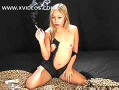 Kat - smoking fetish at dragginladies